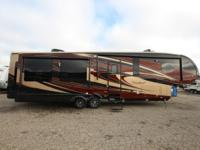 New 2016 Cardinal 3455RL Fifth Wheel Trailer Beauty,