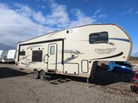 New 2016 Flagstaff 8528RKWS Rear Kitchen Fifth Wheel