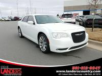 Bright White Clearcoat 2019 Chrysler 300 Touring RWD