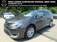 Crystal Metallic 2019 Chrysler Pacifica Touring L FWD