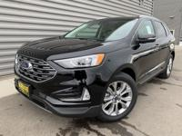 Black 2019 Ford Edge Titanium FWD 8-Speed Automatic