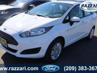 2019 Ford Fiesta S Oxford White 4D Sedan27/35