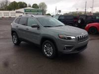Gray Clearcoat 2019 Jeep Cherokee Latitude Plus 4WD