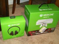 -Brand new 1 month old Gears of War White Xbox One