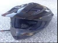 THIS IS A GREAT LOOKING HELMET, SIZE XL MENS
