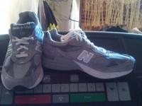 I have a pair of new balance shoes size 6 1/2 D call