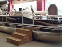 Excellent boat for friends, family, fishing and