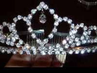 Beautiful tiara bought for a wedding but ended up using