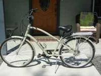 New mens Electra Townie Euro 8d. Cost $650.00 . Yours