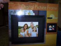 "Electronic picture frame 8"" color LCD 512 MB 400"