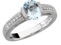 GREAT Deal on 14K White Gold Ring With Oval shaped