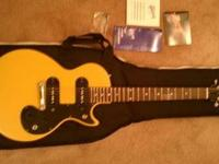 Hi, have a brand new Gibson Melody Maker Special