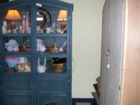 Pretty Arched Top Display/Storage Cabinet in a