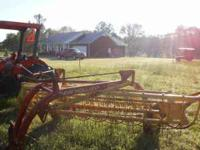 Like new New Holland Hay Rake. Model 256 see pics .