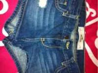 BRAND NEW SIZE 3 dark wash..Hollister jean shorts. Paid