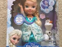 BRAND NEW, MINT IN MINT BOX SNOW GLOW ELSA DOLL!! With