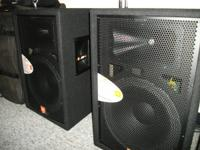 I'm offering a brand name brand-new pair of JBL JRX 115