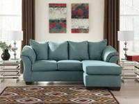 New Sofa Chaise. Very good Quality. Other colors