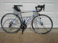 New Trek 2.1 21 speed bike. 52cm, R540 road pedals, Cat