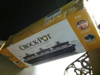 NEW TRIO CROCK POT SERVER SCRBC750-BSNew in original