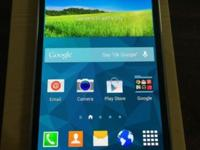 New Unlocked 16GB-4GLTE Samsung Galaxy S5_Inside Box.
