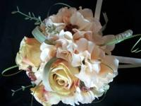 This vintage, yet classy style arrangement is