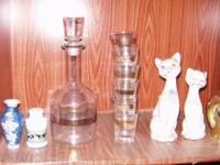 Wine decanter with 6 wine glasses set never used. Also