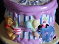 BRAND NEW WINNIE THE POOH BIRTHDAY CAKE COOKE JAR, HAS