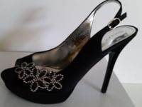 Women's Tevolio black stiletto peep toe heels New in