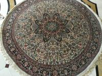 Beautiful and colorful 100% silk Persian-style round