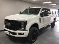 White 2019 Ford F-250SD Lariat 4WD 6-Speed Automatic