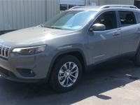 Gray Clearcoat 2019 Jeep Cherokee Latitude Plus FWD