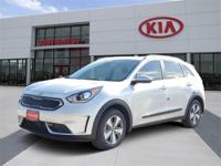 New Price! Silky Silver 2019 Kia Niro LX FWD 6-Speed
