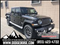 Boasts 22 Highway MPG and 17 City MPG! This Jeep