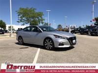 2020 Nissan Altima 2.0 SR Brilliant Silver Metallic FWD