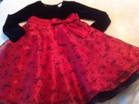 New! Pretty dress ! Velvet top with velvet bow designs
