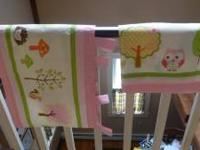 Adorable valance set that came with the home we