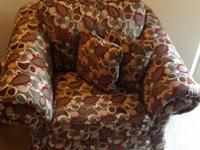 Newer/barely used chair for sale!! I bought this chair