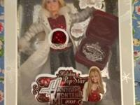 """New"" HANNAH MONTANA Holiday Pop Star Doll. Everything"