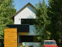 This newly constructed, single family home in east