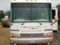 Newmar Mountain Aire Motor Home 3758, Ford Chassis 7.5