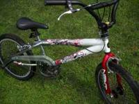 LIKE NEW BOYS 20 INCH BIKE REALLY COOL CHROME ,WHITE