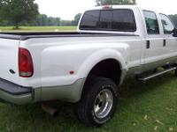 NICE! 2006 Ford Super Duty F350 4 wheel drive Dually