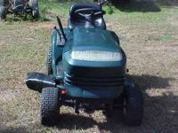 NICE 2004 CRAFTSMAN RIDING MOWER - $550 (HILLSBOROUGH