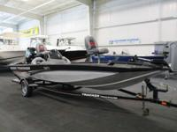 NICE 2008 TRACKER 175 TXW PRO TEAM WITH ONLY 32 ENGINE