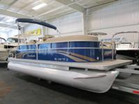 NICE 2013 SWEETWATER 2086 SW WITH ONLY 52 ENGINE HOURS!