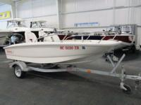 NICE 2014 BOSTON WHALER 130 SUPER SPORT WITH ONLY 4