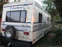 This 30' Coachmen Catalina was totalled/repaired last