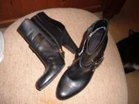 Really soft, beautiful black boots- size 6 m. Dana