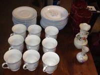 Hi I have this sweet china dining set there are 12